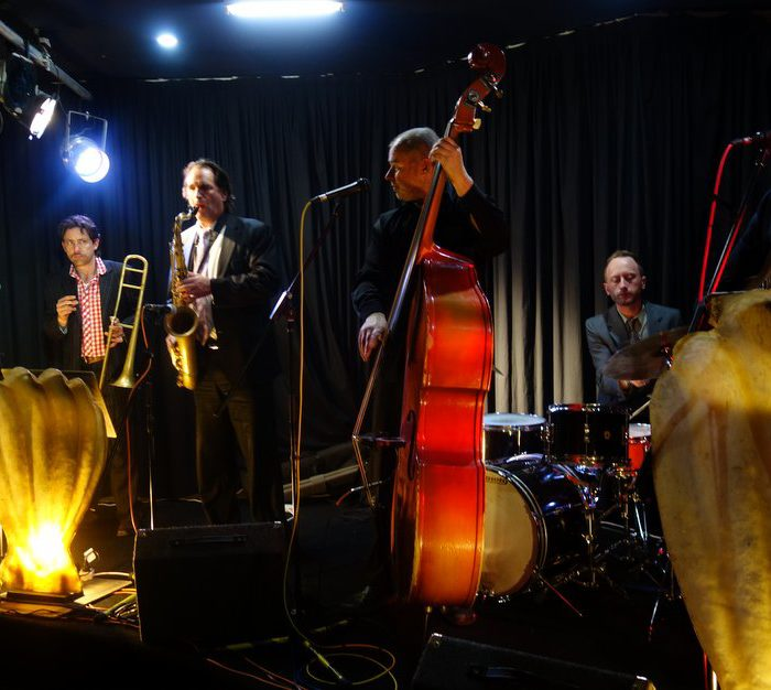 Hot 7 at the Victorian Jazz club